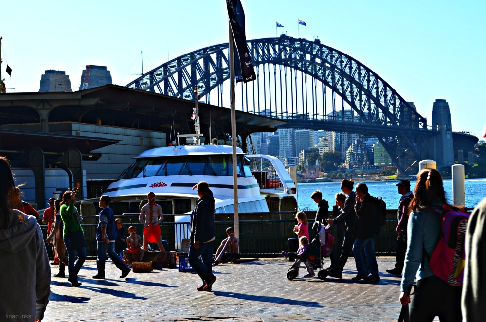 People Watching in Circular Quay (4/5)